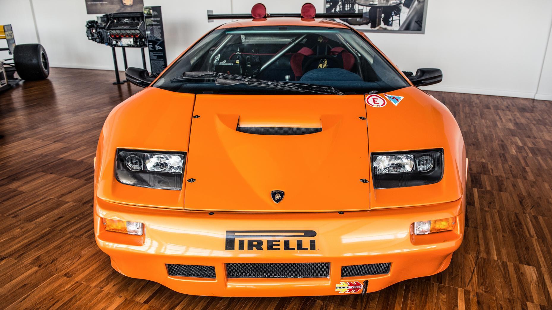 Cùng chiêm ngưỡng bảo tàng của siêu xe Lamborghini 13