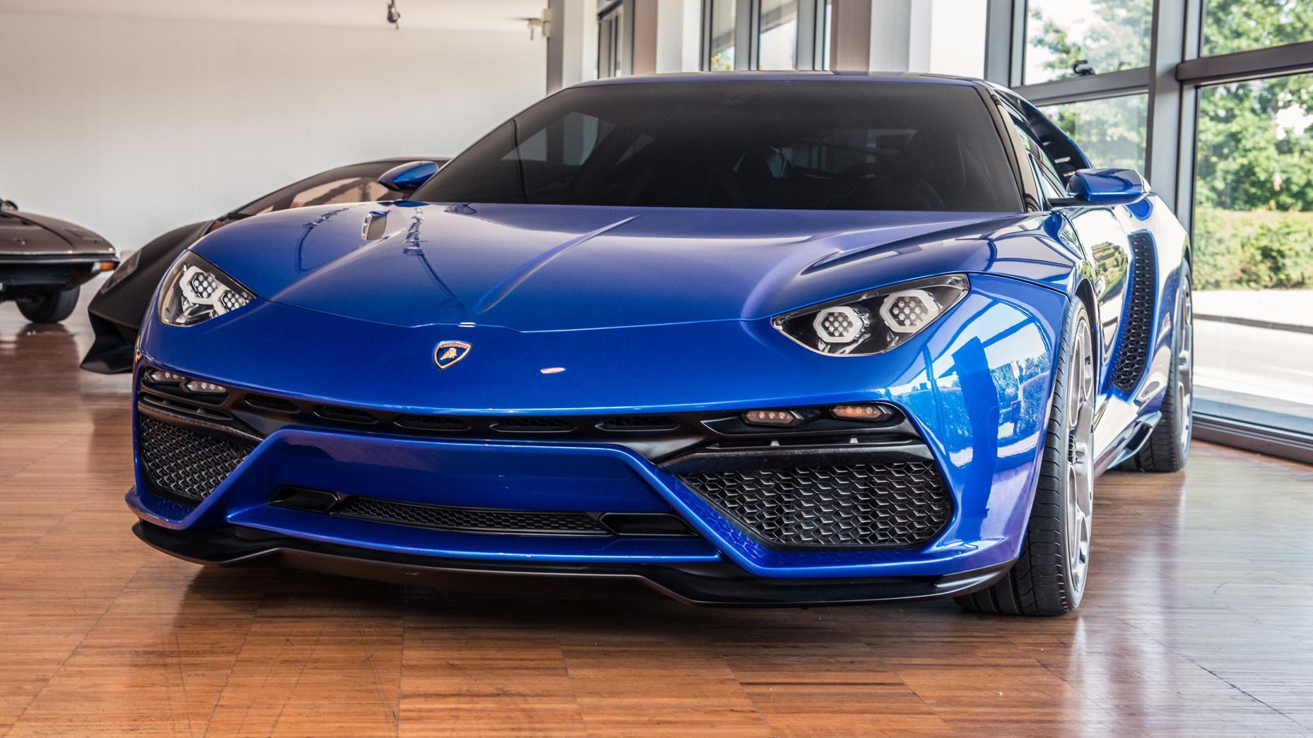 Cùng chiêm ngưỡng bảo tàng của siêu xe Lamborghini 4