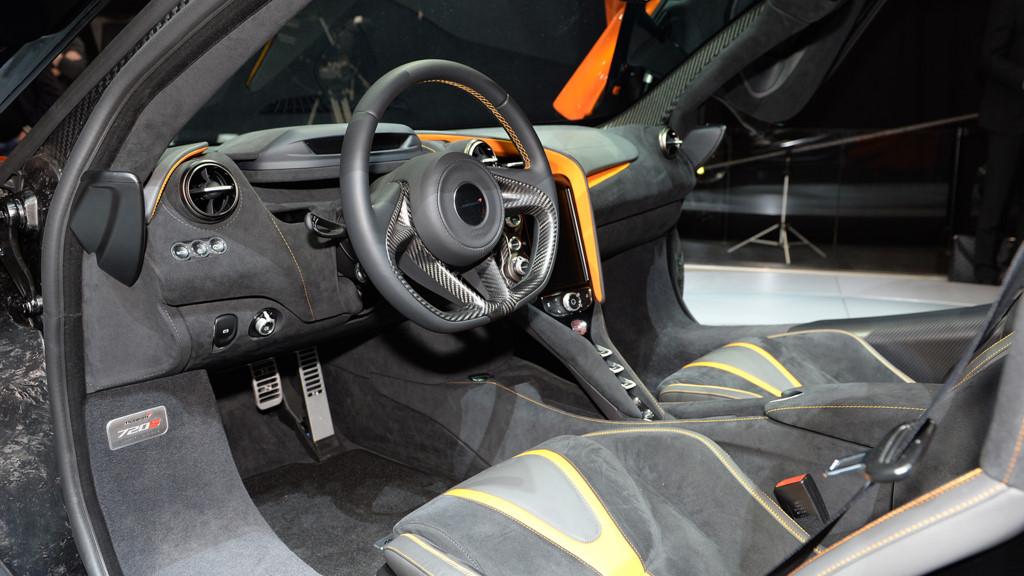 siêu xe McLaren 720S 8