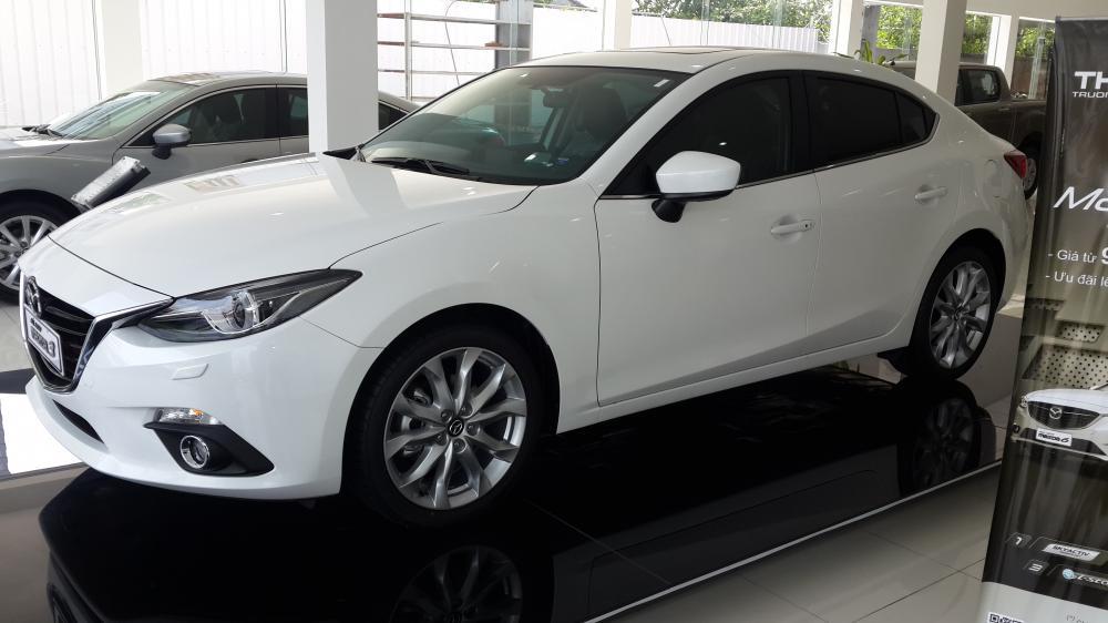 So sánh xe Honda Civic và Mazda3 sedan 5