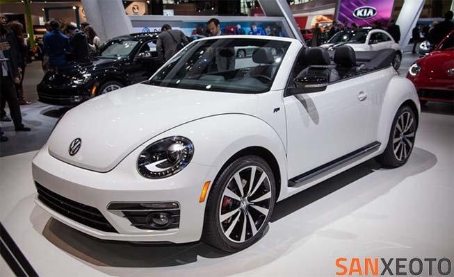 Volkswagen Beetle 1.8TS 2017 có giá bán 24.725 USD (563 triệu đồng)