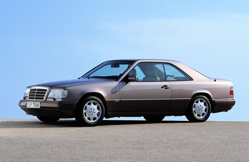 Mercedes E-Class Coupe và lịch sử phát triển 30 năm 3