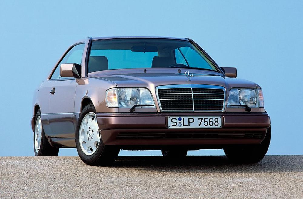 Mercedes E-Class Coupe và lịch sử phát triển 30 năm 4