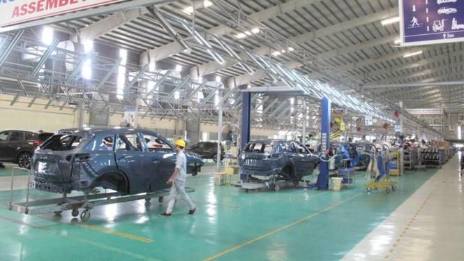 Thị trường ô tô nội khó cạnh tranh vì giá xe cao hơn nhiều so với khu vực